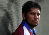 Can Sarwan reignite his flair Down Under?