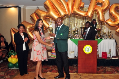 Hugh Craig accepts his Most Disciplined award from fellow Atlantis cricketer Samantha Ramataur